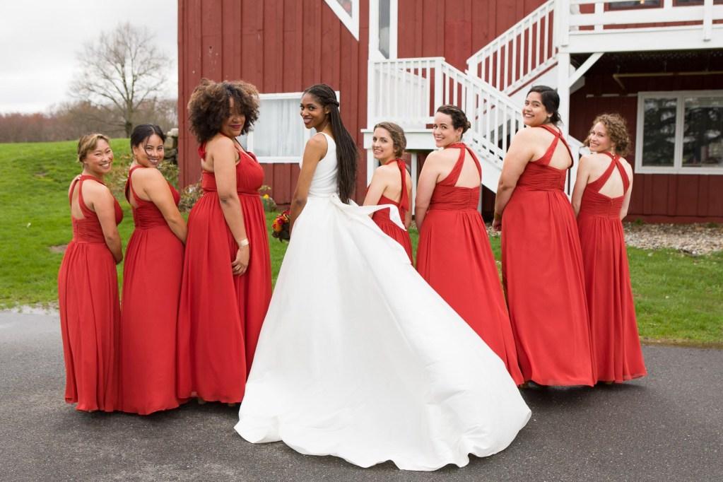red-barn-hampshire-college-wedding-22