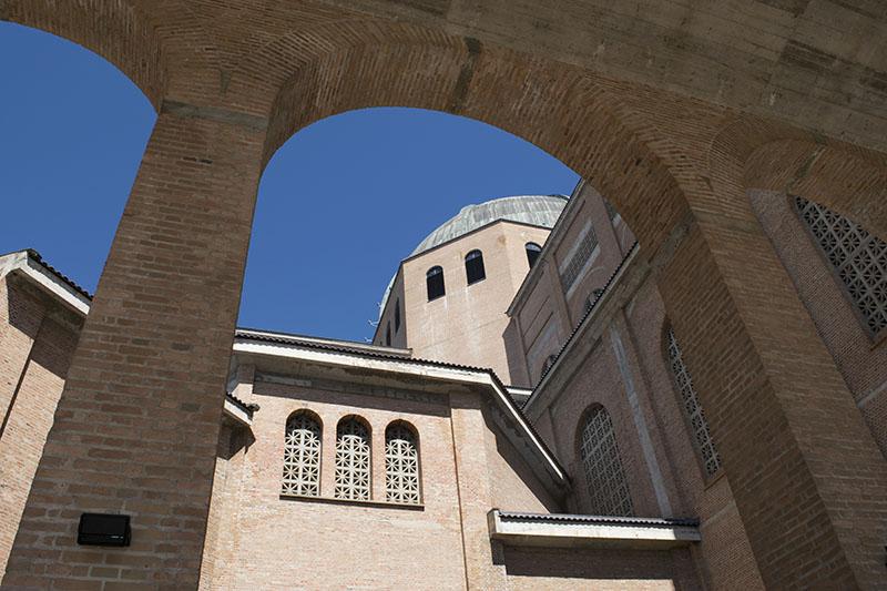 Detalhes da Arquitetura da Basílica de Nossa Senhora Aparecida