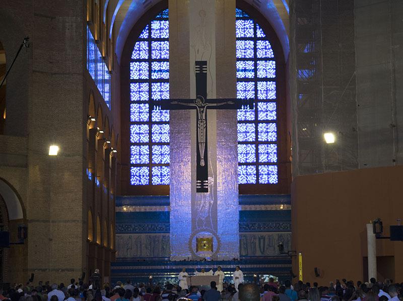 dicas-para-visitar-igreja-Aparecida-do-Norte