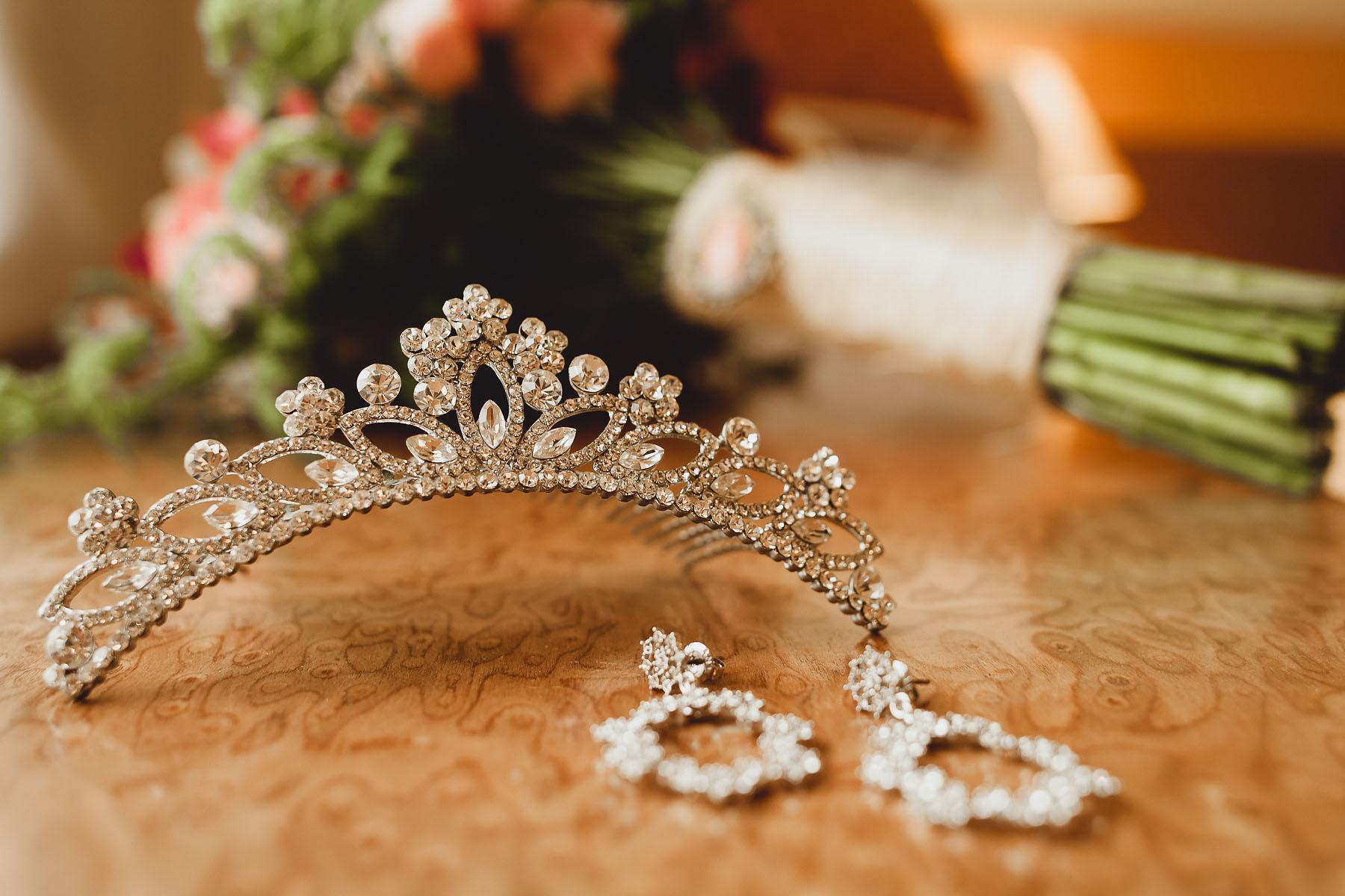 acessorios noiva coroa brincos prata brilho strass