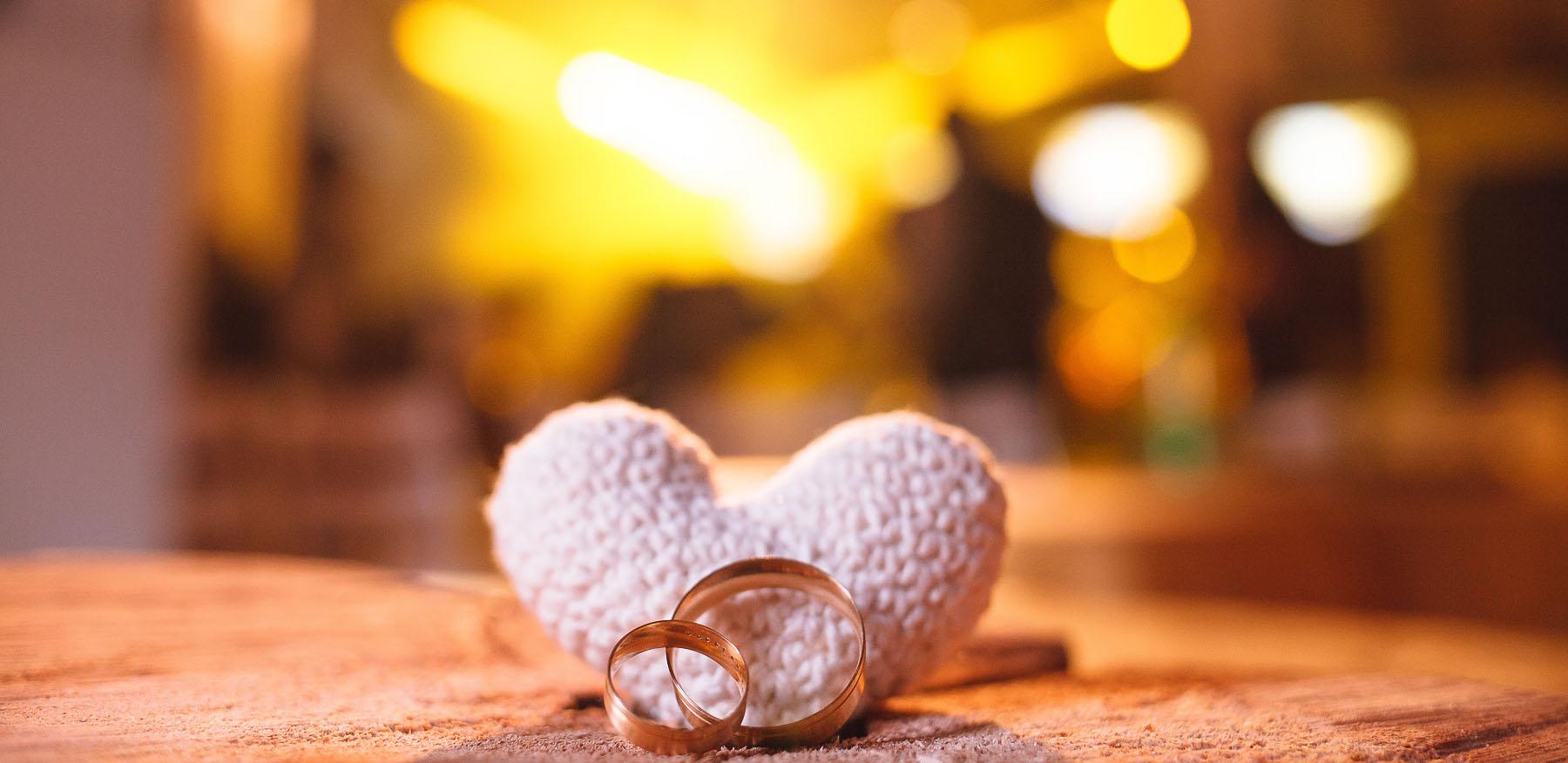Como Escolher Alianças de Casamento