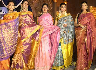 models_kanjeevarams_2007123