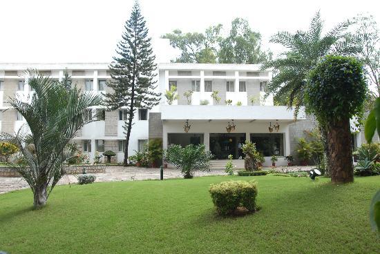 hassan-ashok-hotel