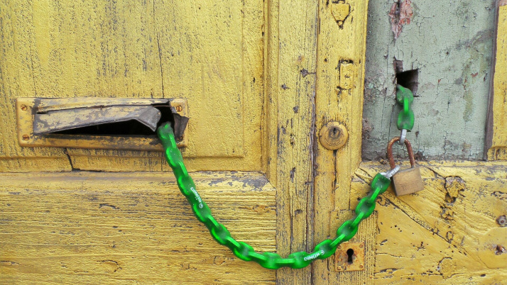 Pisa, locked door