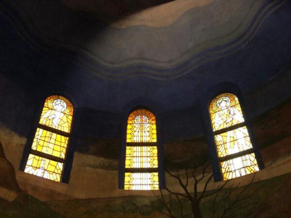 lichtinval, koepel, kerk