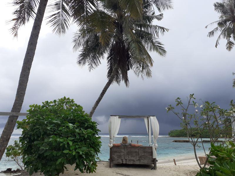 Malediven, Tiny traveling