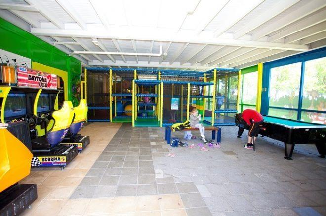 TopParken Recreatiepark 't Gelloo amusements ruimte