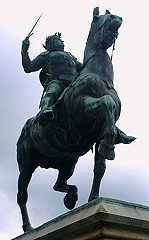 statue de Duguesclin, Dinan