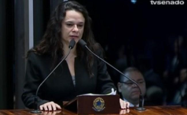Janaína Cita Deus E Pede Desculpa Por Sofrimento De Dilma