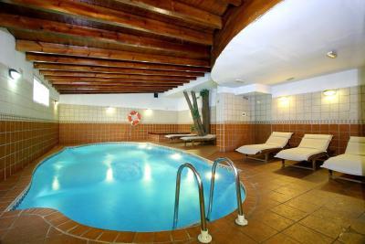 consul mar pool