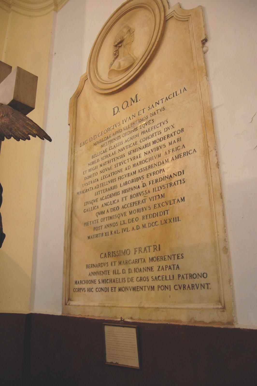Lapida de Jorge Juan Santacilia, que está enterrado en el Panteón de los Marinos Ilustres, en San Fernando (Cádiz). Fuente: alicantevivotest.files.wordpress.com