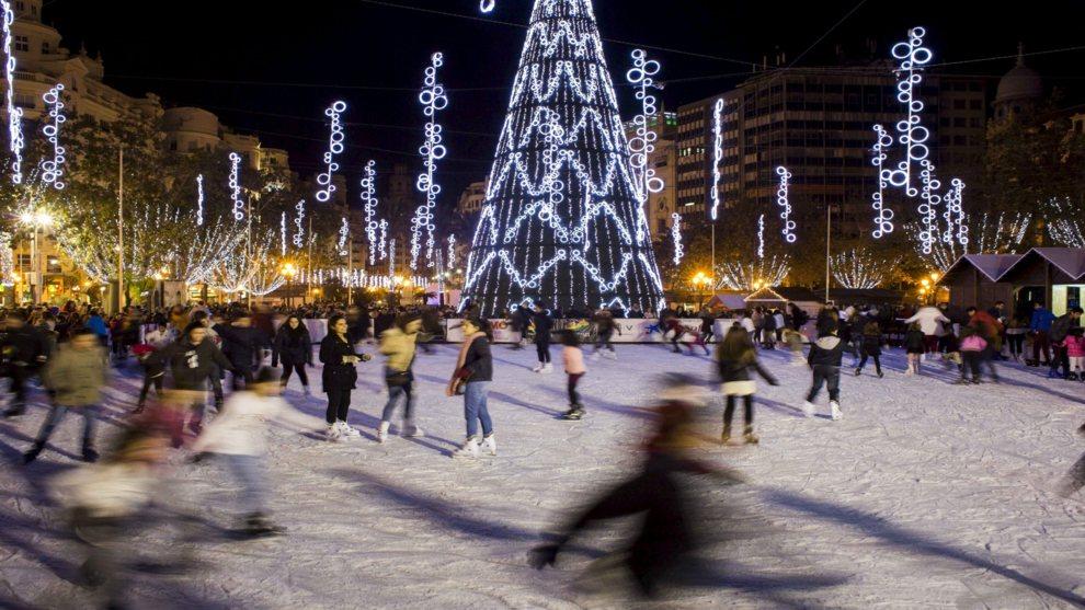 14423043428296. Pista De Hielo Plaza Del Ayuntamiento Valencia Navidades  2016