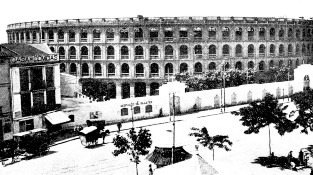Año 1917. Estampa de la Plaza de toros después de la inauguración de la nueva Estación del Norte. Fuente: Las Provincias
