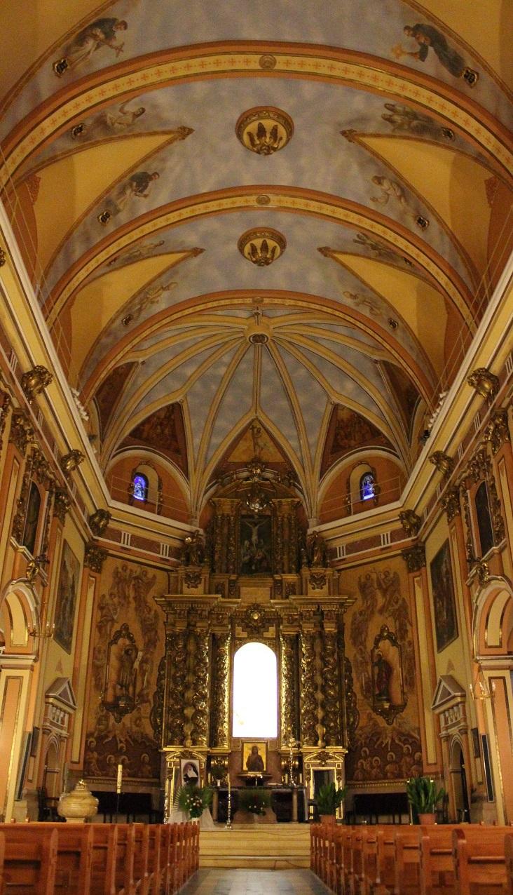 Interior Iglesia Parroquial de San Bartolomé Apóstol. Fotografía de © Valenciabonita.es – Por favor, si compartes esta imagen indica la fuente :)