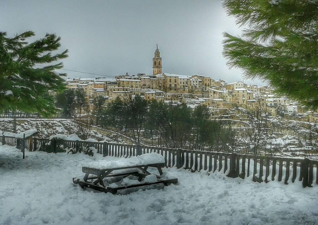 ¿Dónde puedo ir a ver nieve cerca de Valencia?