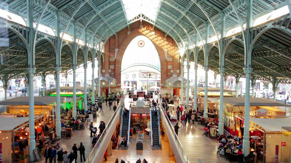 La XVII Mostra de Nadal de Artesanía regresa al Mercado de Colón desde hoy hasta el 5 de enero