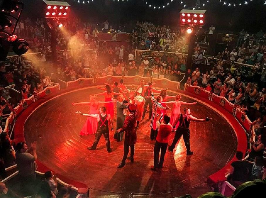El Circo Raluy Legacy emociona en su primer año en Valencia