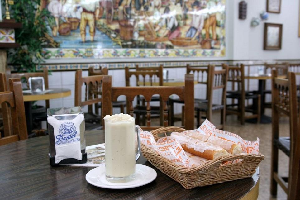 Horchatería Daniel abre un nuevo local en la calle San Vicente de Valencia con nuevos productos