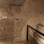 La Galería del Tossal: la cripta arqueológica donde contemplar un tramo de la muralla islámica