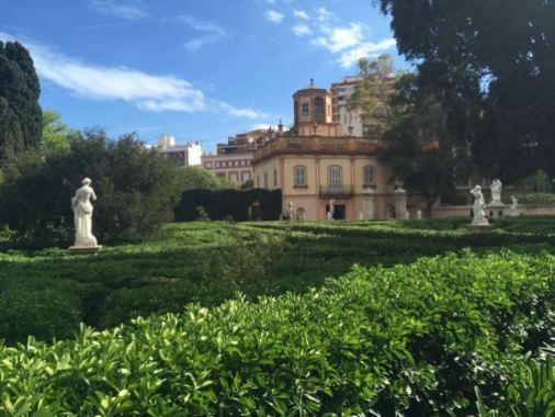 Jardines-de-Montforte_Weiblick_Valencia_Insidertipp.jpg