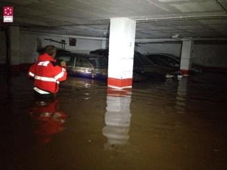 Imágenes trabajo bomberos en servicios de inundaciones en Oropesa (1)
