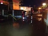 Imágenes trabajo bomberos en servicios de inundaciones en Oropesa (3)