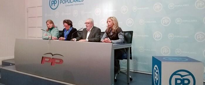 Pedro Agramunt estuvo acompañado por Rita Barberá, Susana Camarero y Marta Torrado.