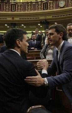 Pedro Sánchez y Albert Rivera en la jornada de ayer del Congreso.