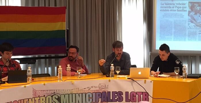 Campillo en los I Encuentros Municipales LGTB, que se están celebrando en Móstoles (Madrid).