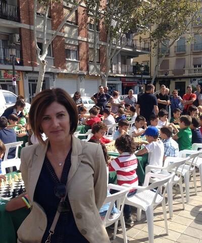 la-concejala-de-deportes-sanidad-y-salud-maite-girau-fue-una-espectadora-mas-del-torneo-de-ajedrez