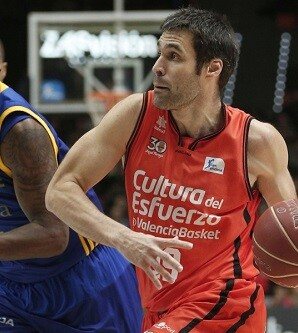 Gran partido del Valencia Basket. (Foto-Miguel Ángel Polo).