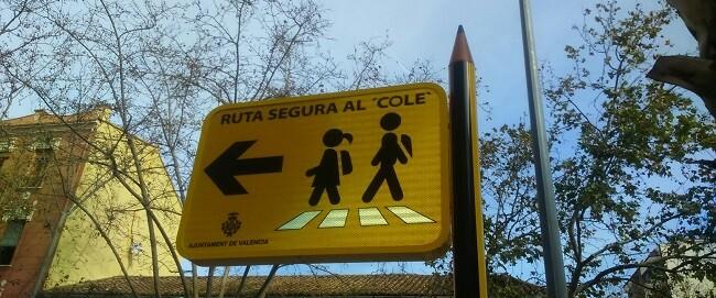 En el CEIP Doctor López Rosat, el 64 per cent del alumnado vive a menos de 500 metros de la escuela y el 94 per cent a menos de un kilómetro. (2)