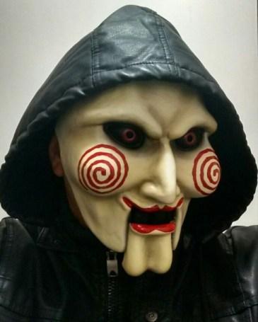 mascara-de-saw-D_NQ_NP_964001-MLM20258189641_032015-F