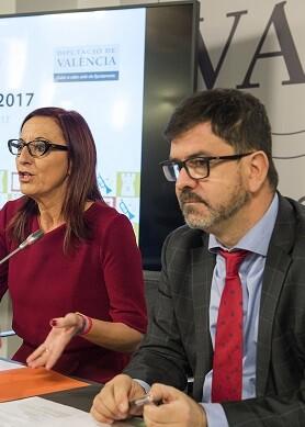 La vicepresidenta de la Diputació, Maria Josep Amigó, y el diputado Emili Altur presentan las ayudas de Patrimonio..