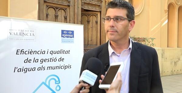 La jornada de ayer, centrada en la gestión del agua en los municipios, contó con la asistencia de más de 64 municipios valencianos.
