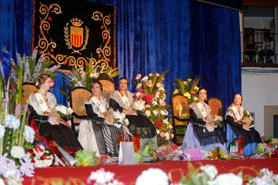 Idoia Bernat, proclamada reina de las fiestas de Vilafamés en un emotivo acto (1)