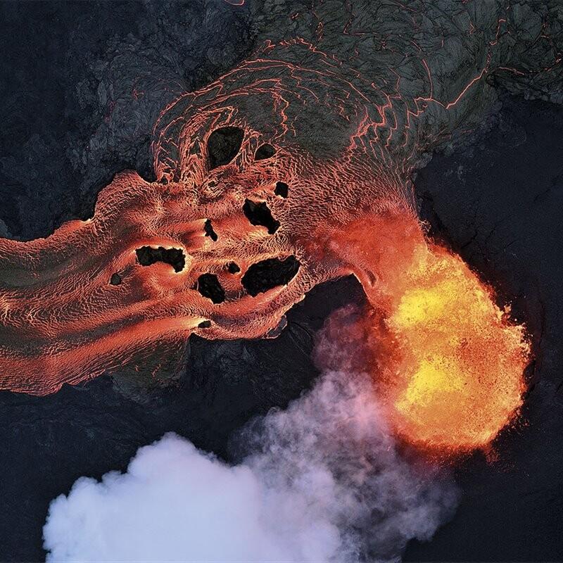 un-incesante-rio-de-lava_7a014cc1_800x800
