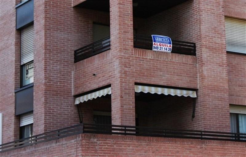 El precio trimestral de la vivienda de alquiler cae un en la Comunitat Valenciana