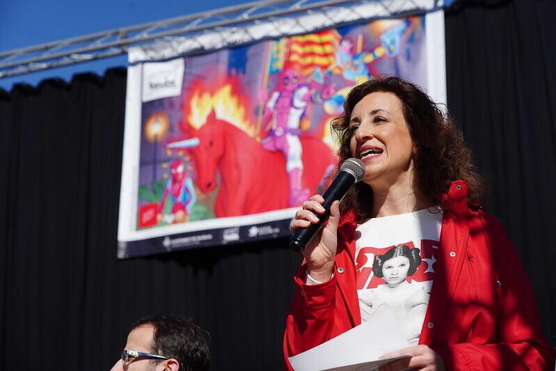 Las mejores BSO de superhéroes suenan en la Plaza de la Virgen de València en la antesala la próxima semana del Salón del Cómic en Feria Valencia (4)
