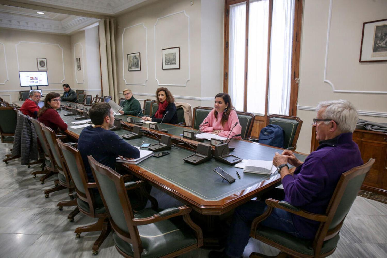 VALENCIA 2020-03-23 L'alcalde de València, Joan Ribó, convoca la Comissió de Seguiment del COVID-19, amb la presència dels vicealcaldes Sandra Gómez i Sergi Campillo