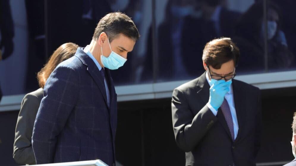 sanidad-autoriza-la-venta-de-mascarillas-y-batas-quirurgicas-sin-la-marca-ce