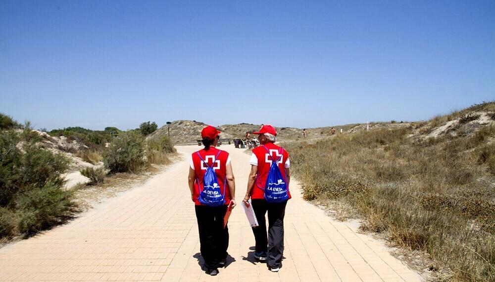 0704 Voluntariat Creu Roja (5)