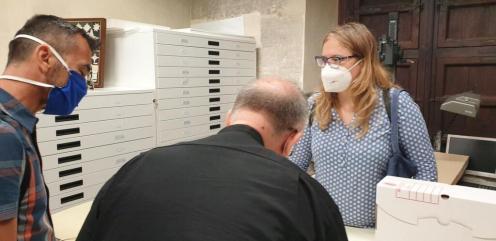 La Dra. Ana Mafé acompaña a la televisión francesa en busca de localizaciones para una grabación sobre el Santo Grial 20200706_090824 (13)