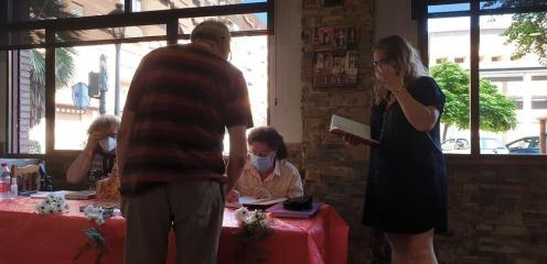 Yaco Lara presenta su libro ¿PENSAMIENTOS O REALIDAD Vol. 1 (1)