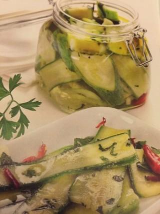 Conserve saporite: Zucchine in Marinata