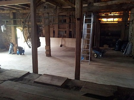 Rénovation d'une grange. Plancher