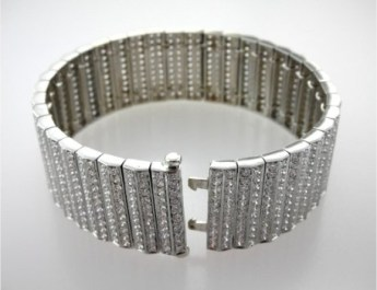 Valenzya Diamond Bracelet
