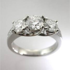 Valenzya Jewellers produces the highest quality Diamond Engagement Rings