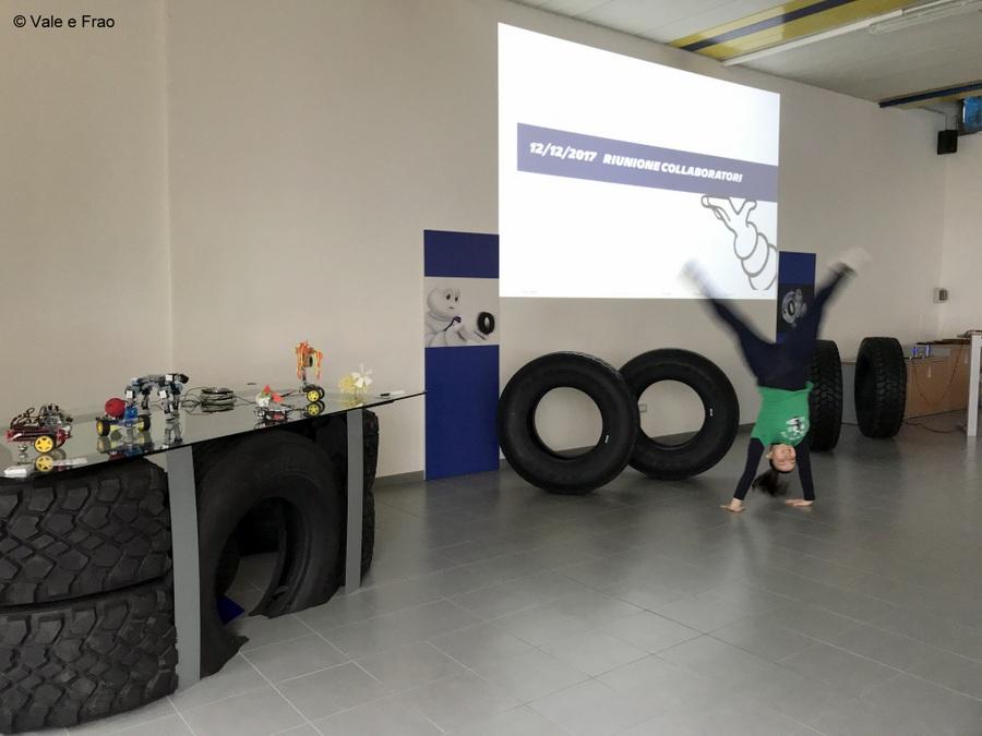 Formazione e team building in azienda: Michelin presentazione robot