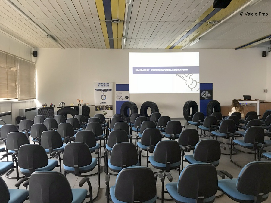 Formazione e team building in azienda: Michelin sala riunioni